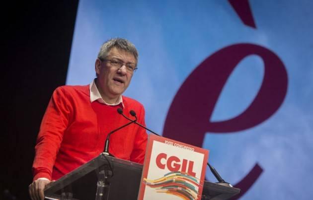 Sindacato  Landini (Cgil) , governo non sta cambiando nulla