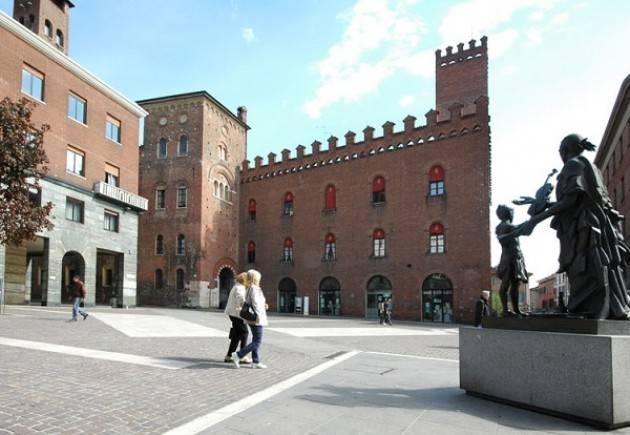 Apre in Piazza Stradivari la nuova sede del Codacons Cremona