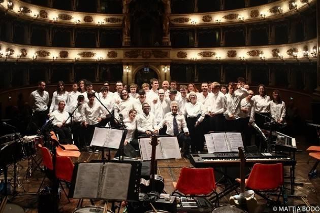 """L'Orchestra MagicaMusica a Pescara suona per il """"Premio Nazionale Paolo Borsellino"""""""