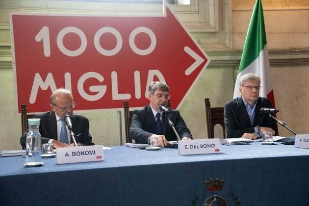 Sabato 18 maggio la Mille Miglia passa da Cremona