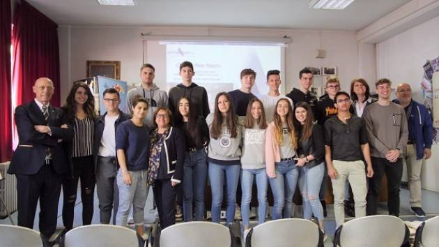 Padania Acque Cremona presenta 'Drinking Water Report' con il Liceo 'G. Aselli'  (Video G.C.Storti)