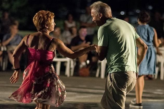 Rinviato causa maltempo il 1° appuntamento di Ballando Ballando