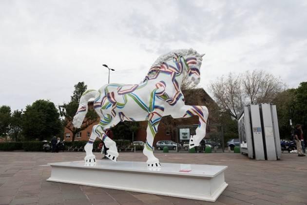 Milano - Leonardo Horse Project: i cavalli di design entrano in città
