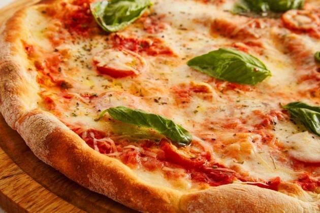 Aduc L'irriverente e la pizza perfetta. Lunga vita agli artigiani