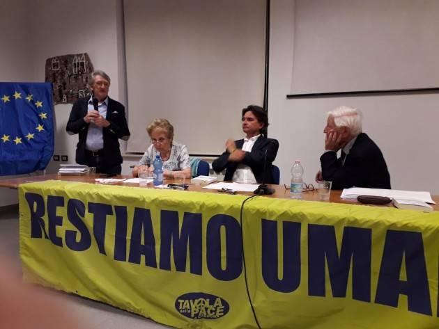 (Video) Cremona Raniero La Valle  ha presentato il suo ultimo libro  'Lettere in bottiglia'