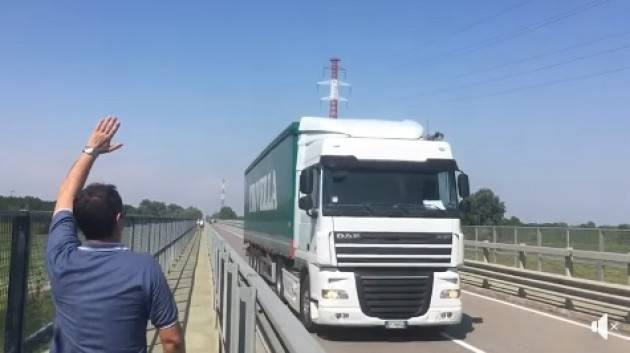 Lo scorso 5 giugno è stato riaperto (finalmente) il Ponte di Casalmaggiore Cronaca e commenti di Antonini, Rosa,Vappina e Pizzetti