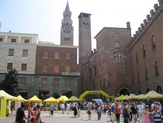 Coldiretti Domenica 9 giugno in piazza Stradivari a Cremona Al Mercato di Campagna Amica la 'dieta che abbronza'