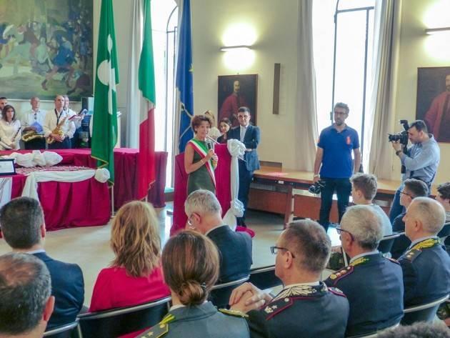 Crema Intervento del sindaco Bonaldi alla cerimonia di conferimento benemerenze ai 51 studenti delle medie 'Vailati'
