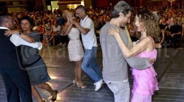 Cremona Tappa in largo Ragazzi del '99 per la rassegna Ballando Ballando  il 17 giugno