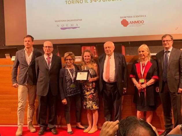 ASST Ospedale di Cremona  Federica Pezzetti ritira il premio 'miglior comunicazione scientifica'