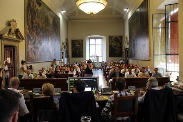 Cremona Insediato il nuovo Consiglio comunale, il Sindaco Galimberti ha giurato