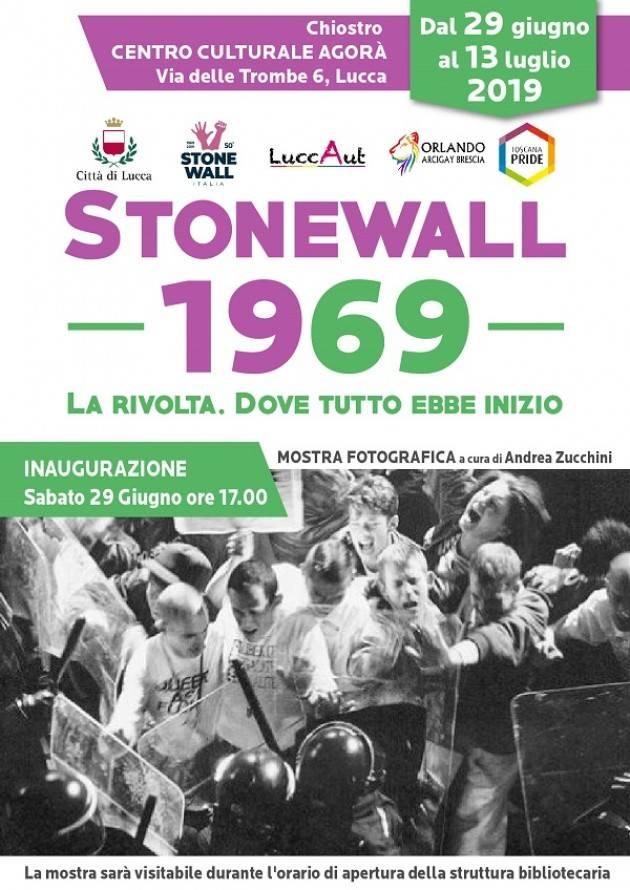 A cinquant'anni da Stonewall, il cuore di Lucca si tinge di arcobaleno