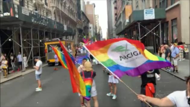 (Video)  A cinquant'anni da Stonewall  Gabriele Piazzoni con ArciGay Italia al GayPride2019 di  New York