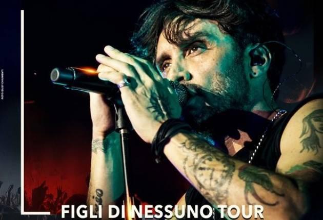 Fabrizio Moro in concerto al Teatro Ponchielli martedì 26 novembre