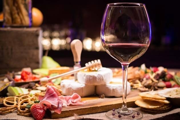 """Enjoy European Quality Food, sei eccellenze enogastronomiche alla """"Notte Bianca del gusto"""""""