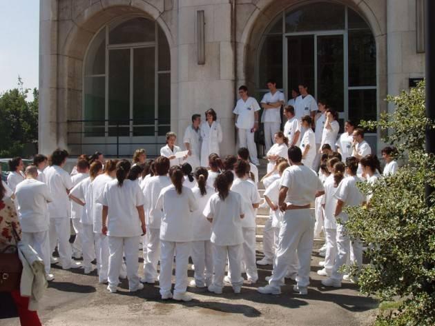 BILANCIO, PILONI (PD): LOMBARDIA FINANZI IL CONTRIBUTO AGLI STUDENTI DEI CORSI DI INFERMIERISTICA