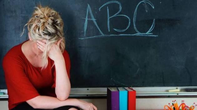 Scuola: in Lombardia mancano 15mila docenti. La denuncia della CGIL. Le bugie del Ministro