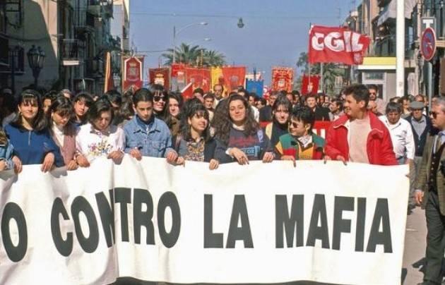 Recensione 'Terre e libertà' , storie di sindacalisti vittime della mafia di Ilaria Romeo