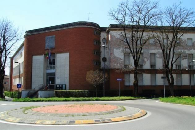 Cremona Lo stabile dell'ex Provveditorato agli Studi è cadente. La lettera aperta del Dirigente Fabio Molinari