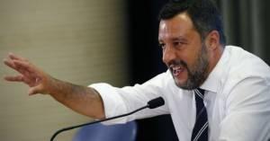 Zeus Matteo Salvini condannato per violazione del diritto d'autore Era stato denunciato dalla ONG Mission Lifeline.