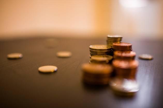 Gli italiani fanno il boom di risparmi: sul conto corrente un saldo medio di 16mila euro