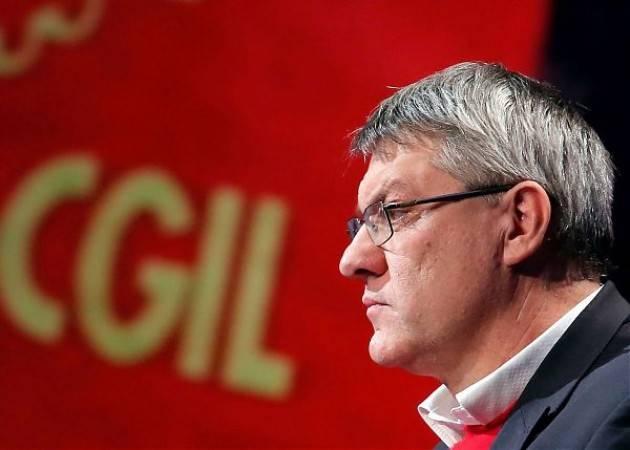 Cgil L'intervento Landini: cambiare la Fornero deve essere una priorità