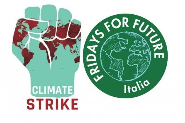 FFF Fridays For Future Italia Lettera aperta ai Media : mettete al centro dell'informazione la crisi climatica