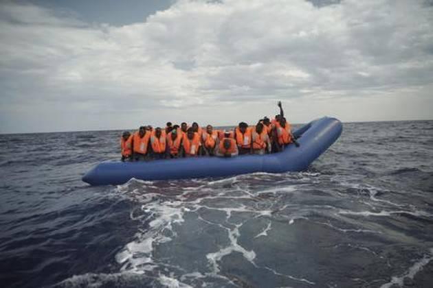 Pianeta Migranti. Siamo contro le Ong dei salvataggi e pro trafficanti e mercanti di uomini.