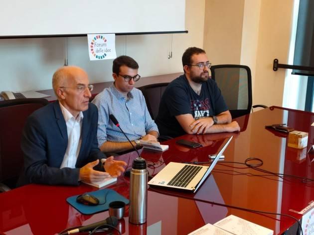 Cremona Un successo incontro indetto dal Forum della Idee  con Thomas Benedikter (Video G.C.Storti)