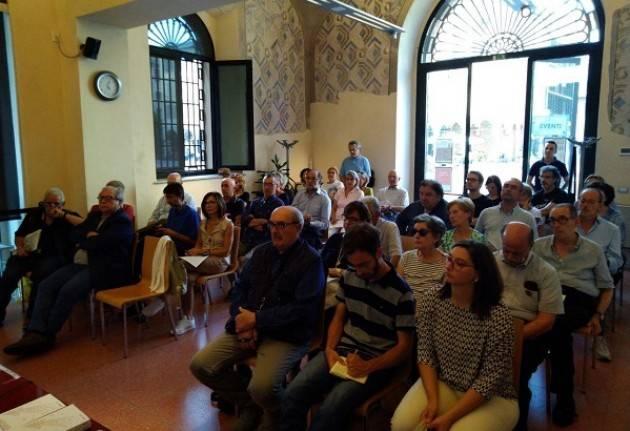 A Cremona Molto partecipato l'incontro con Thomas Benedikter su 'Democrazia Diretta'