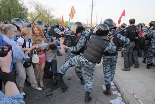 RUSSIA, AMNESTY : CHI SI OCCUPA DI DIRITTI UMANI CAMMINA SU UN TERRENO MINATO