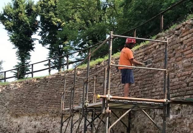 Pizzighettone: quasi ultimato l'intervento di restauro conservativo del muro di controscarpa del Rivellino