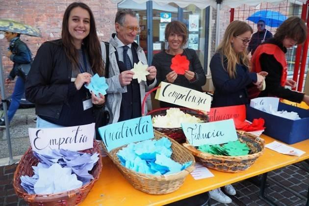 Cremona Festa 2019 Il volontariato cremonese più forte della pioggia (Video G.C.Storti)