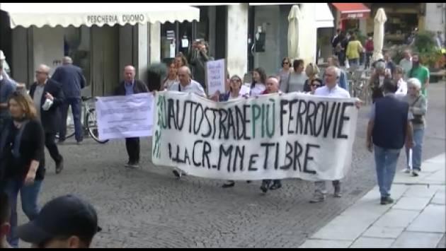 FFF #ClimateStrike Sveglia Cremona il Clima non Perdona (Video G.C.Storti)