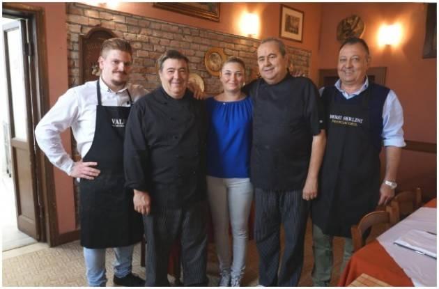 BonTà Gli 'Ambasciatori  Cucina Italiana' fanno tappa a Casalbuttano (CR), e ora l'Italia abbraccia l'Austria