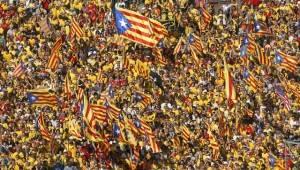 Amnesty SPAGNA / CATALOGNA: LE AUTORITÀ DEVONO GARANTIRE IL DIRITTO DI MANIFESTAZIONE PACIFICA