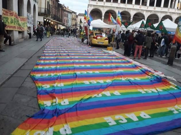 Anche Cremona manifesta per il popolo Curdo 19 ottobre 2019 (Video di welfare cremona)