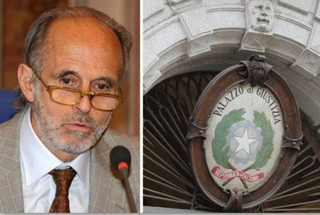 Cremona CARLO MARIA  GRILLO presenta il su libro  'Riflessioni anodine su  VENDETTA... E DINTORNI'