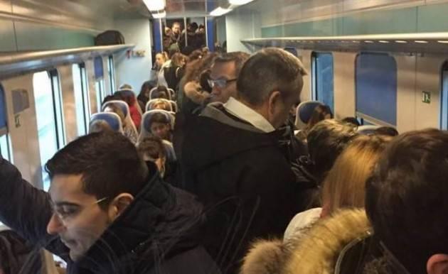 Pendolari: Incontro Trenord quadranti SUD-EST Lombardia Nota del Comitato Pendolari inOrario- Linea Mi-Cr-Mn