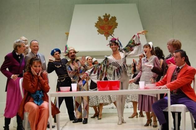 Compagnia Corrado Abbati al Teatro Comunale Casalmaggiore con IL PIPISTRELLO di Johann Strauss il 14/11
