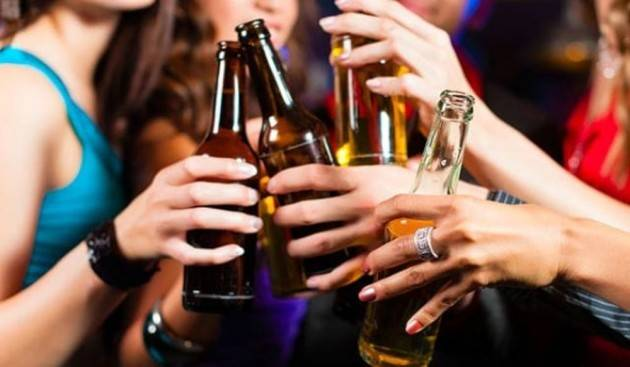 Codacons CREMA: ABUSO DI ALCOL, E' ALLARME. IN CURA OLTRE 100 MINORENNI.