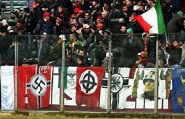 Da Cremona Pianeta Migranti. Le grida razziste negli stadi e non solo.