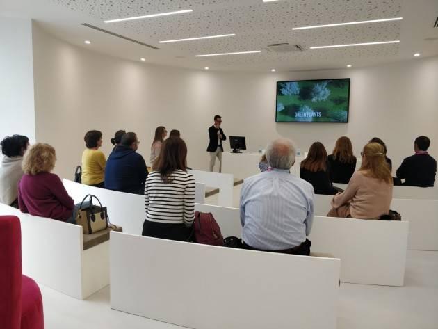 Cremona REI - Reindustria Innovazione I docenti delle superiori in visita all'azienda Omnicos Group