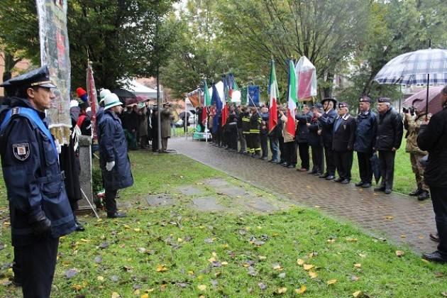 Omaggio a chi ha perso la vita nelle missioni internazionali per la pace, la cerimonia questa mattina al Parco Caduti di Nassiriya