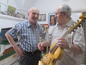 ANLAI Cremona scrive al sindaco di Venezia e dona una viola del maestro Erick Michopulo