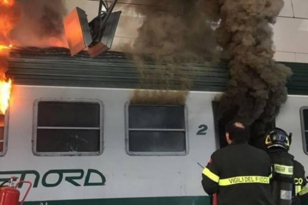 Incendio vagone. Degli Angeli (M5S Lombardia). Trenord al collasso, ora nuovi treni sulla linea.