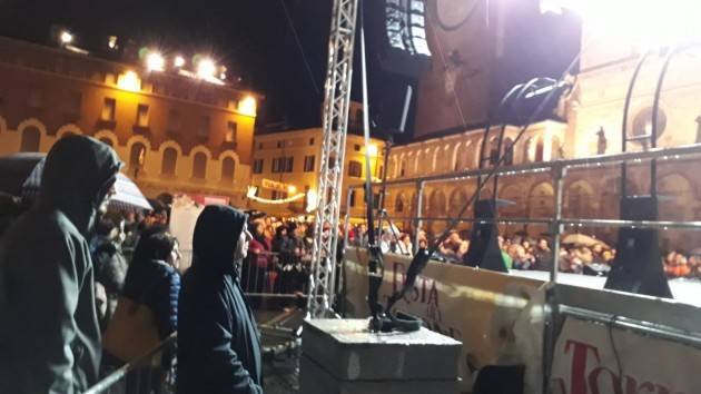 Cremona Tanta folla alla Festa del Torrone 2019 nonostante la pioggia. Soddisfazione di Gianluca Galimberti