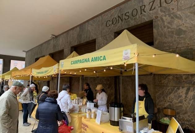 Coldiretti Tutti i martedì, ore 8-12 presso il portico del Consorzio Agrario di Cremona