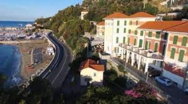 M5S Cremasco: vendere albergo Finalpia