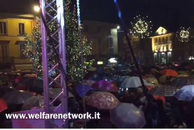 Crema Buon Natale 2019  con un maxi albero nella nuova P.zza Garibaldi (Video E.Mandelli)